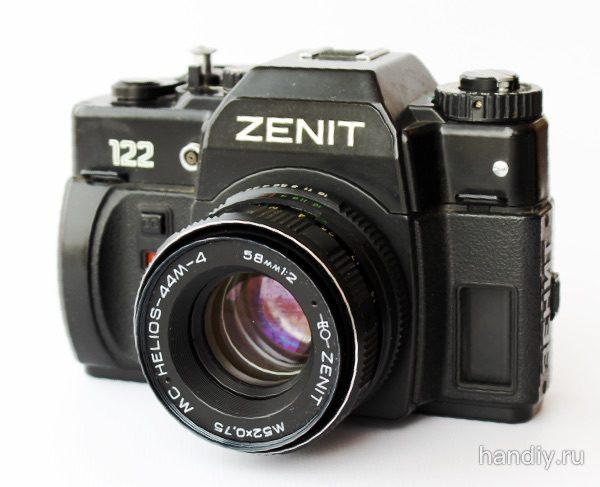 "Фотография Фотоаппарат ""Зенит 122"" и объектив Гелиос-44м-4 Helios 44m"